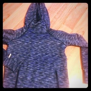 GAP Fit hoodie with pockets!